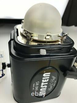 Paul C. Buff Einstein E640 Flash Lighting Unit - Low Flash Count + Transceiver